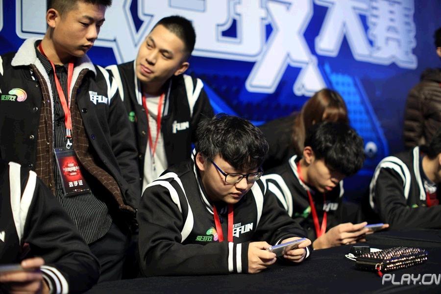 EFUN决赛精彩图集  若风亲临现场助阵